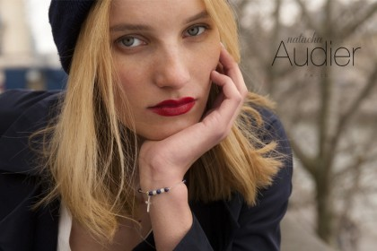 Collection Faith, des bijoux en argent et pierres fines. Une femme urbaine Natacha Audier Paris